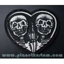 Patch ecusson thermocollant 2 skull on heart hand fuck coeur doigt