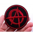 Patch ecusson thermocollant Anarchy rond noir logo rouge punk music