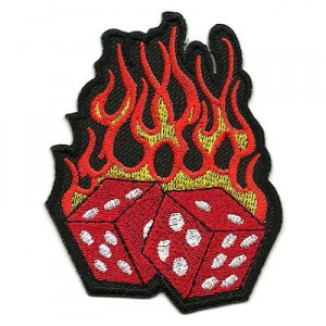 Patch écusson flaming red dice dés rouge flame